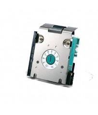 Пристрій подачі щільного паперу RISO